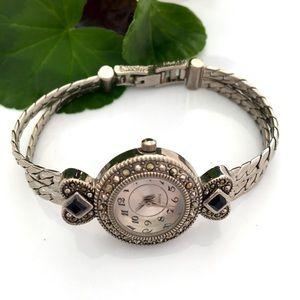 Watch -  Quartz- Vintage
